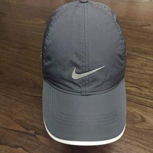 buy popular 4a0ef f6ec1 Nike Accessories Vapor Rzn Golf Hat Gray Hat Poshmark